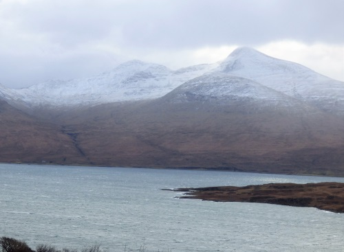 Snow line on Beinne More